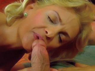 Blonde Blowjob Midget