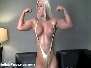 Amazing Blonde Muscled Fitness