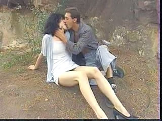 Cumshot Girlfriend Hairy Kissing Outdoor Outdoor Girlfriend Cum Girlfriend Pussy Kissing Pussy