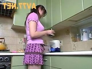 Kitchen Skirt Wife