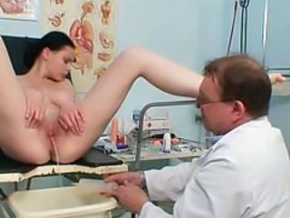 Bus Doctor Pissing Busty Babe Gyno