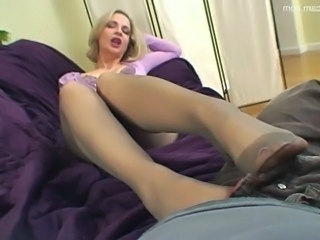 Blonde Feet  Panty Pantyhose Footjob Foot Pantyhose Milf Pantyhose