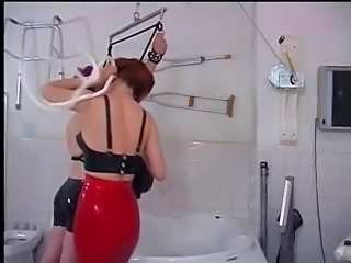 Femdom Latex Slave Bathroom Slave Submissive