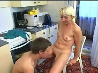Amateur Kitchen Mature Mom Old and Young Amateur Mature Old And Young Kitchen Mature Amateur