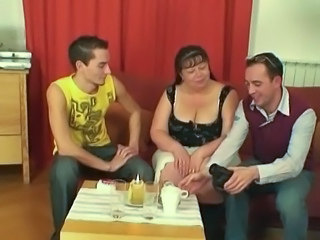 Mature Mom Old and Young Threesome Bbw Mature Bbw Mom Old And Young Mature Bbw Mature Threesome Threesome Mature Giant