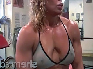 Mature Muscled Sport Blonde Mature Gym