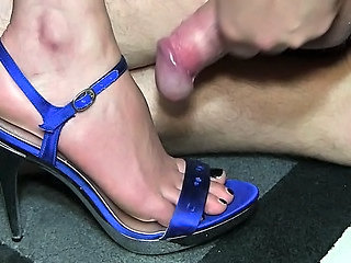 Cumshot Feet Fetish