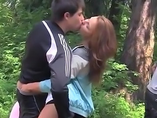 Kissing Outdoor Teen Outdoor Kissing Teen Outdoor Teen Teen Outdoor