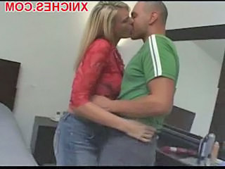 Blonde Kissing  Hotel