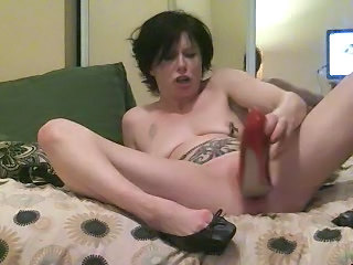 Extreme Insertion High Heels Insertion