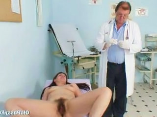 Bus Doctor Hairy Gyno