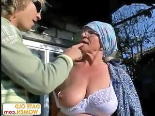 Granny Outdoor Granny Amateur Outdoor Amateur Amateur