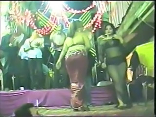 Amateur Arab Dancing Party Public Arab