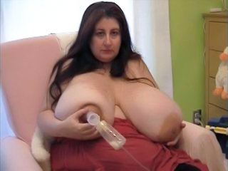 Fetish Nipples Boobs Milk Pump