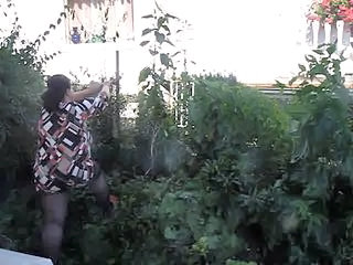 Outdoor Voyeur Wife Bbw Wife Outdoor Housewife