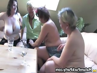 Amateur  Groupsex Mature Mom Old and Young