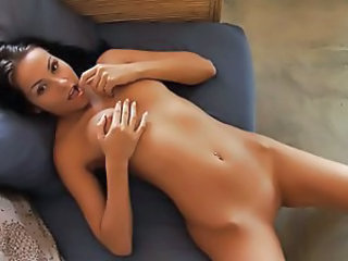 Babe Cute Shaved Solo