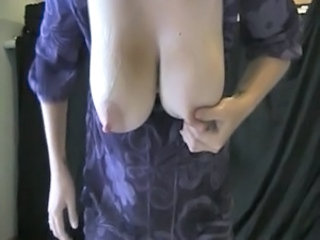 Big Tits Mom Nipples
