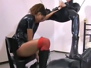 Anal Fetish Latex Slave Mistress