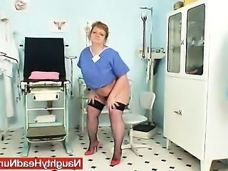 Amateur Chubby Fetish Mom Pissing Stockings Amateur