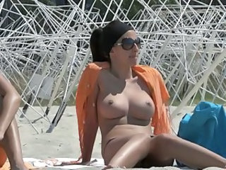 Beach Big Tits Nudist