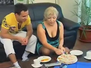 Chubby Fetish Mature Mom