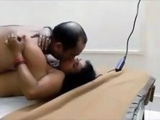 Amateur Homemade Indian Wife Aunty