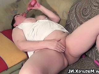 Masturbating Toy Housewife