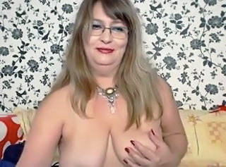 Glasses Mature Mom  Webcam Boobs Amateur