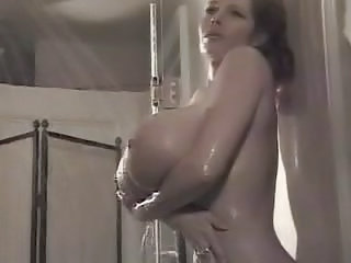 Amazing Big Tits  Pornstar Showers