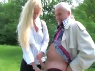 Amateur Daddy Handjob Old and Young Outdoor Small cock