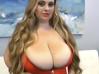 Big Tits   Mom Natural Webcam