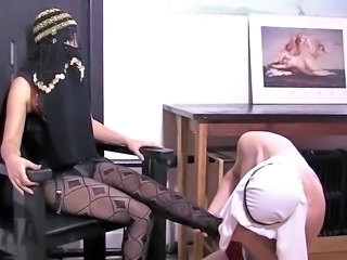 Feet Fetish Legs Pantyhose Arab Mistress
