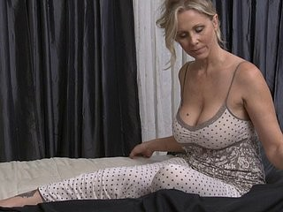 Videos from stayhomepornmovie.com