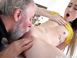 Videos from dobbyporn.com