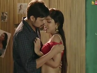 Videos from freenudexxx.com