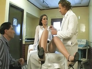 Babe Doctor Threesome