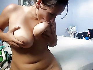 Big Tits  Natural Nipples Webcam Sister