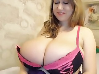 Amazing Blonde Chubby Cute  Webcam