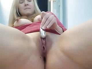 Masturbating  Pussy Shaved Toy Webcam
