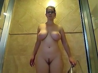 Amazing Big Tits Glasses  Natural Showers Webcam Milk