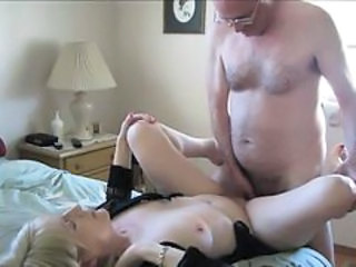 Amateur Cuckold Homemade Mature Older Wife