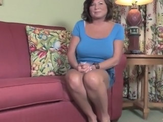 Big Tits Chubby Mature Mom