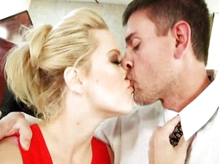Amazing Babe Blonde Kissing Office Pornstar Boss