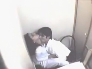 Amateur HiddenCam Kissing Turkish Wife