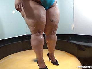 Brazilian Latina Mature Stripper Striptease