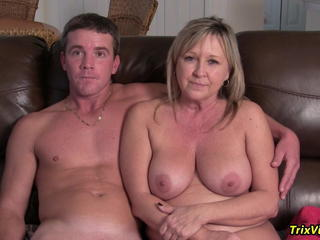 Big Tits Family Mature Mom Natural Old and Young Interview Family