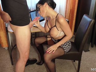 Amazing Blowjob European Family German Lingerie  Mom Old and Young Lingerie Boss German