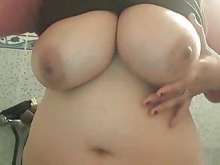 Amateur Arab Big Tits Chubby Natural Webcam