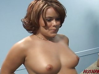 Amazing Cash Ebony Wife Housewife